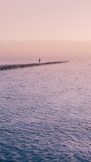 日落前茶卡盐湖风景