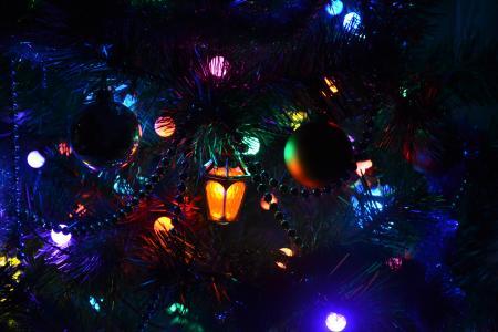 圣诞树,新年,花环,手电筒。