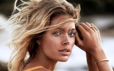 超级名模Dautzen Cruz,荷兰