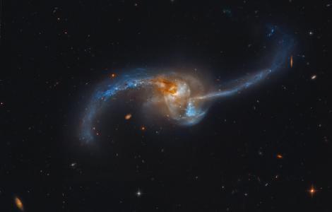 星系,星系,星星,空间,Ngc2623