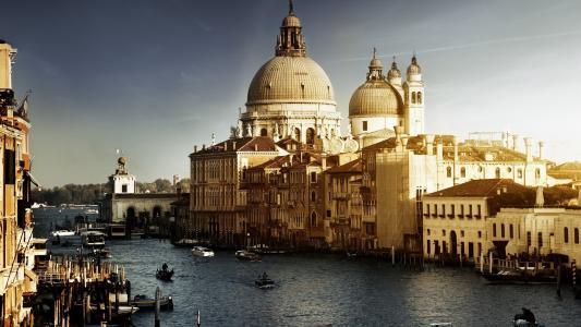 水都威尼斯的教堂