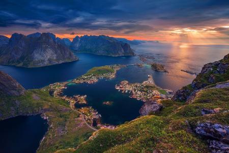 挪威罗弗敦群岛,天空,城镇,山脉,大海,美丽