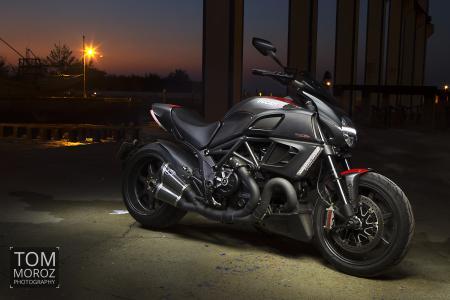 杜卡迪Diavel,摩托车,自行车