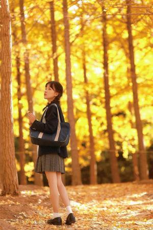 秋日少女清新写真