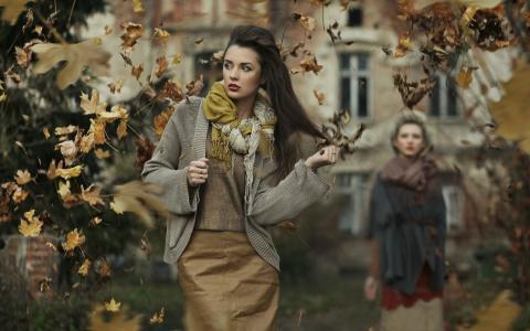 女孩,建筑,干树叶,秋天