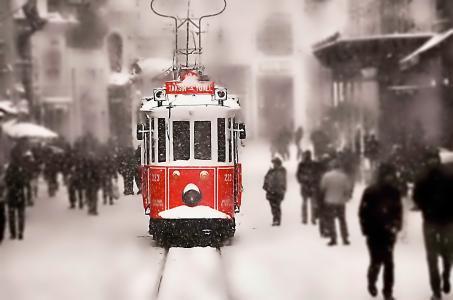 冬天,雪,电车,铁轨,人