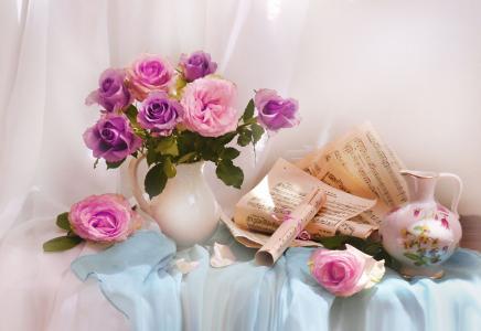 瓦伦蒂娜科洛娃,静物,面料,水罐,鲜花,玫瑰,床单,笔记