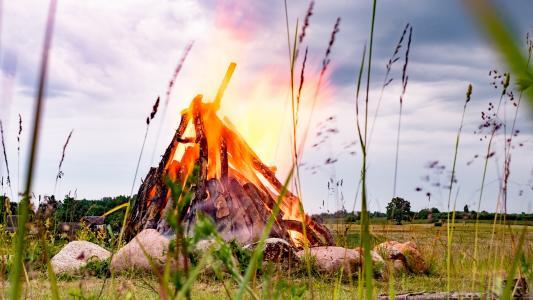 火,石头,草,性质,夏天,火