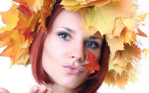 一个女人的脸,红叶,山灰,好心情不会再离我们而去了