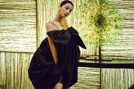 陈米麒吊带蝴蝶结裙
