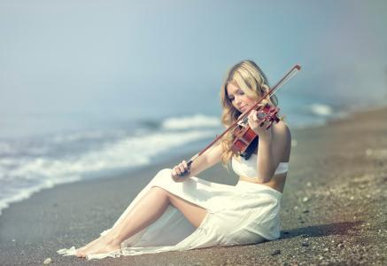 海岸,小提琴家,Kery Rut Garcia