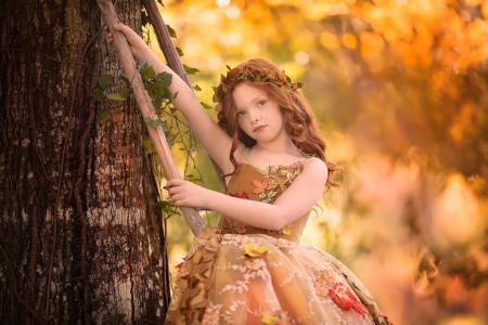 桑德拉·比安科,孩子,女孩,红色,卷发,花圈,礼服,叶子,树,树干,秋季
