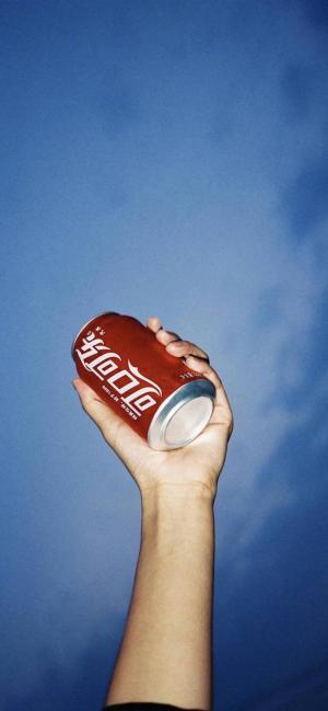 来一瓶可口可乐
