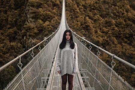 马伦巴尔德拉马阿尔瓦雷斯,女孩,模型,桥,秋天