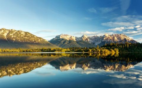 云,树,山,湖