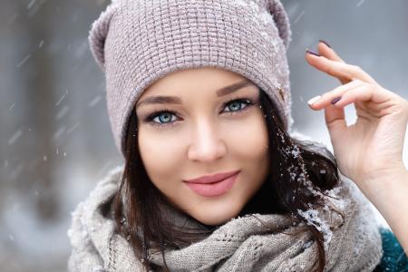 丹尼斯·彼得罗夫,专业照片,安吉丽娜·佩特洛娃,乌克兰卡,冒充,面对,看,雪