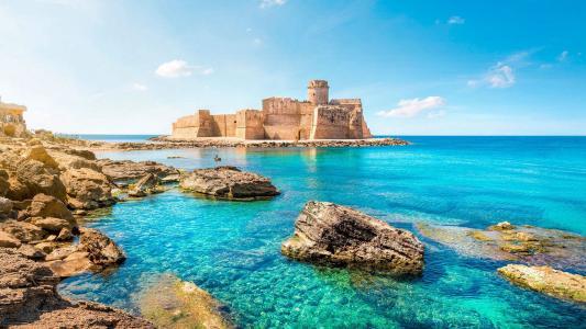 坐落在海上的城堡