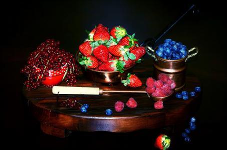 水果,浆果,草莓,黑醋栗,蓝莓,覆盆子