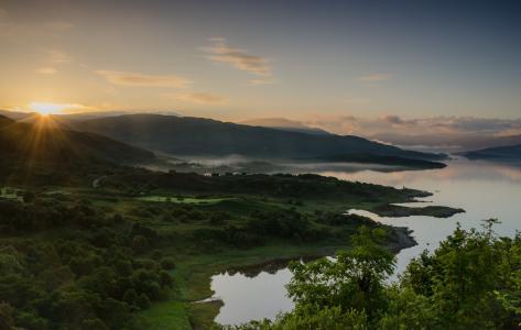 苏格兰,自然,景观,丘陵,湖,海,Sunart湖,日落,太阳,光线