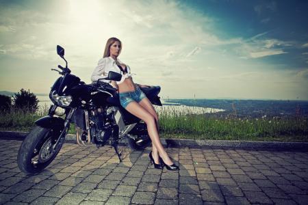 女孩,摩托车,川崎,腿,短裤,大自然,全景,湖