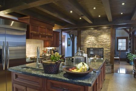厨房,天花板,室内,冰箱,壁炉,表