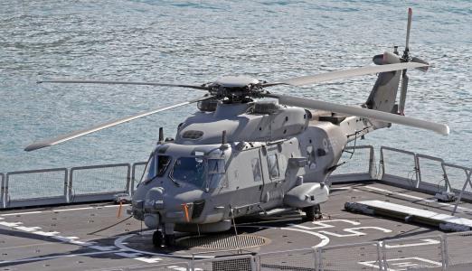 直升机,甲板