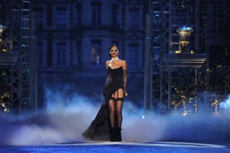 表演,歌手,蕾哈娜,名人,眼镜