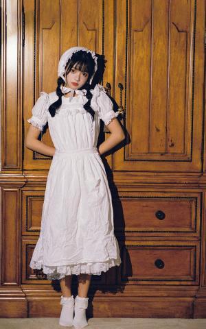 少女纯美白裙写真