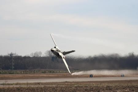飞机,战斗机,范围,机场,跑道,特技飞行,飞行,速度