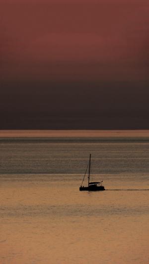 迷人的海上日落