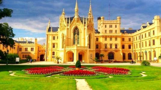 城堡lednice,捷克共和国,花坛,天空