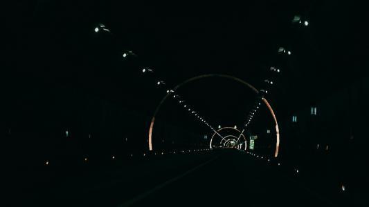 摄影师眼中的隧道