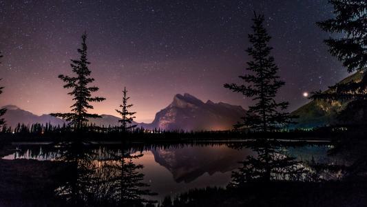壮丽的落基山脉风景