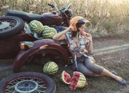 场,道路,情况,照片,大卫Dubnitskiy,摩托车,撞车,女孩,西瓜