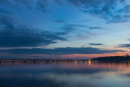 晚上,暮光之城,桥,河,伏尔加,城市
