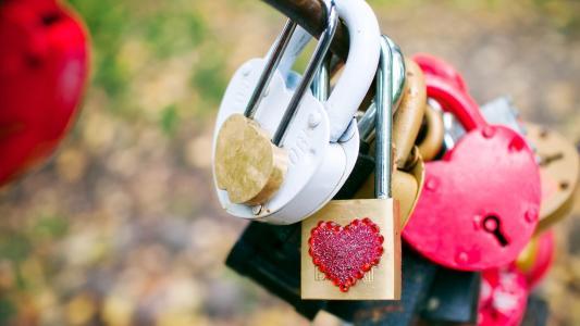 锁,宏,爱,心情