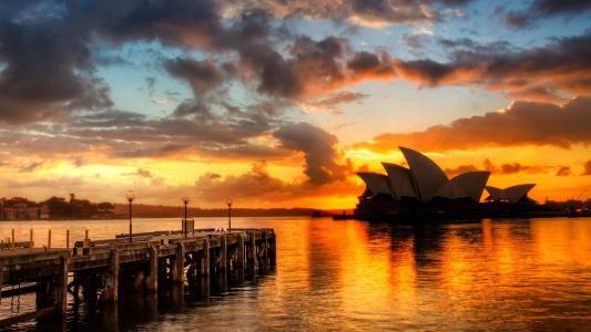 日落,水中倒影,歌剧院建筑,悉尼,澳大利亚