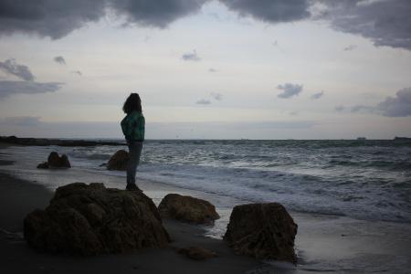 海,敖德萨,乌克兰,云,天空,云,女孩,美丽,波浪,风暴,风暴,岩石,石头,海滩,秋,自然,沙,多云