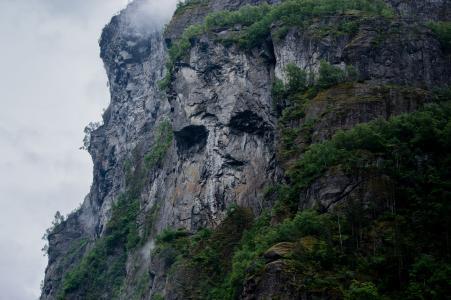山,石头,草