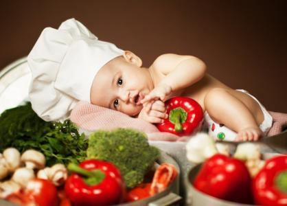 安娜Levankova,厨师,孩子,蔬菜,蘑菇,西兰花,蔬菜,辣椒,西红柿