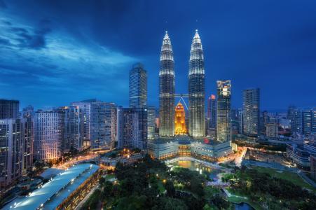 马来西亚,吉隆坡,吉隆坡,蓝色小时,晚上