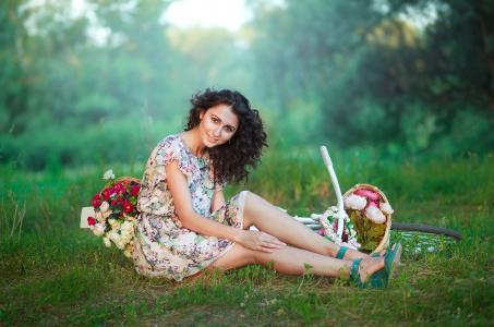 女孩,林间空地,自行车,篮子,鲜花