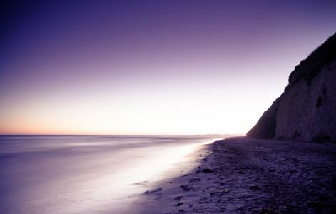 淡紫色的晚上,沙,海,石,岸,山