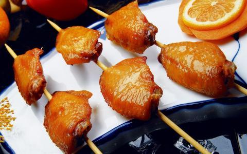 鸡肉,菜,橘子,炒大腿